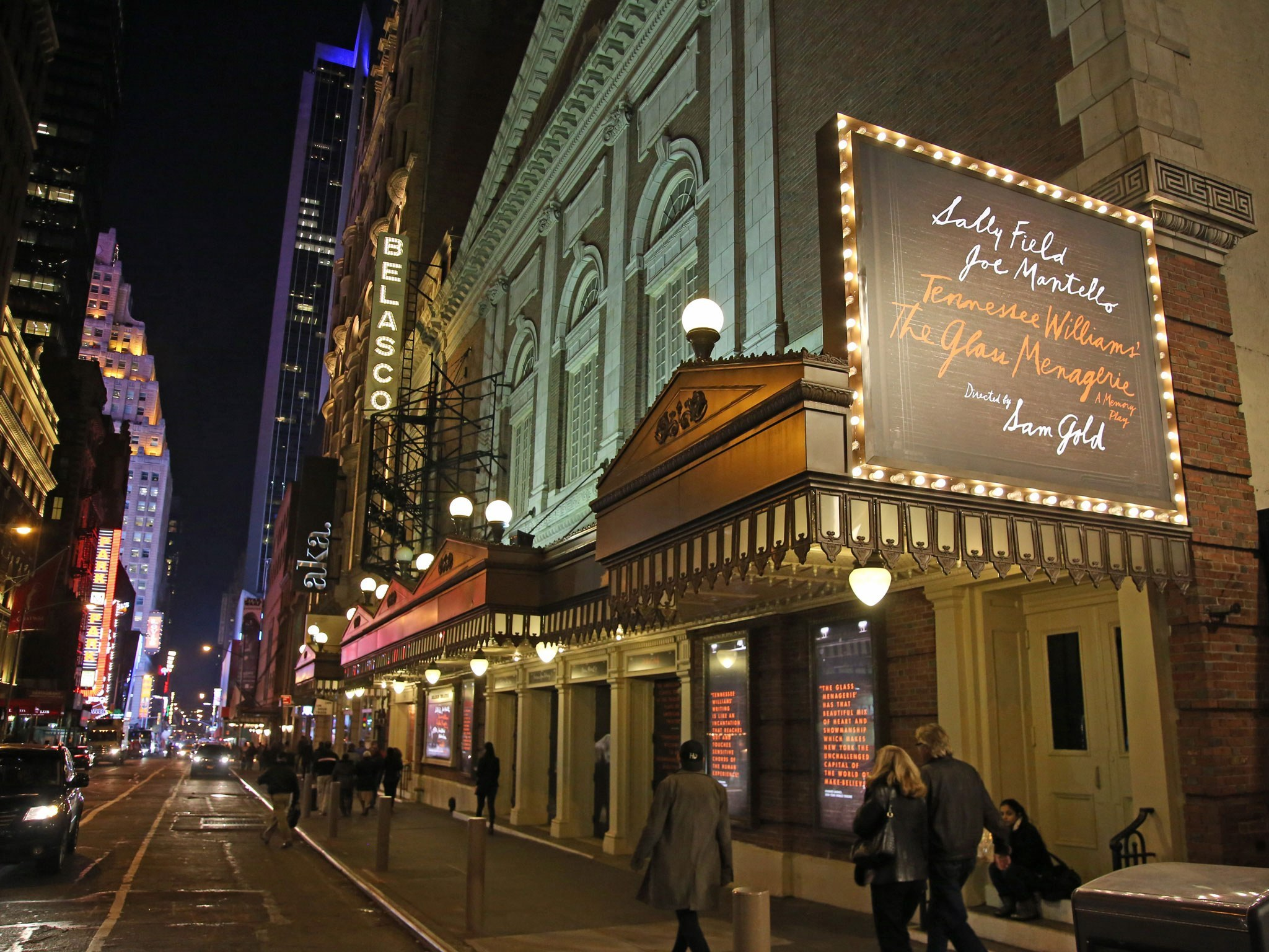 The Glass Menagerie Broadway Theatre Marquee2017