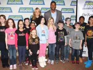 Kelly Ripa and Michael Strahan celebrate Kids Night on Broadway