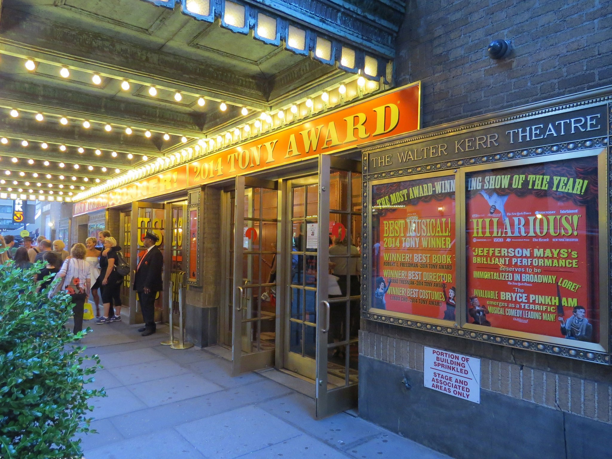 A Gentleman's Guide to Love and Murder Broadway Theatre Marquee