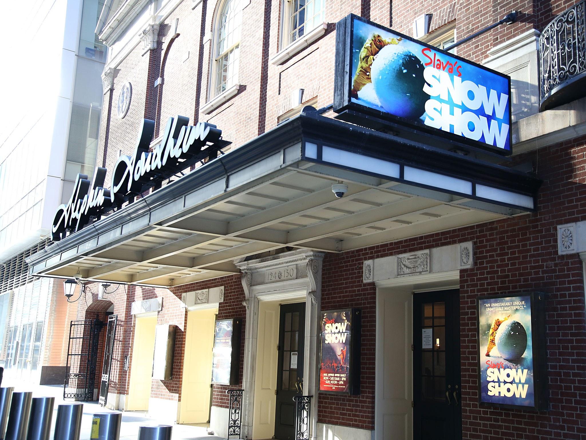 Slavas SnoShow Marquee at the Stephen Sondheim Theatre