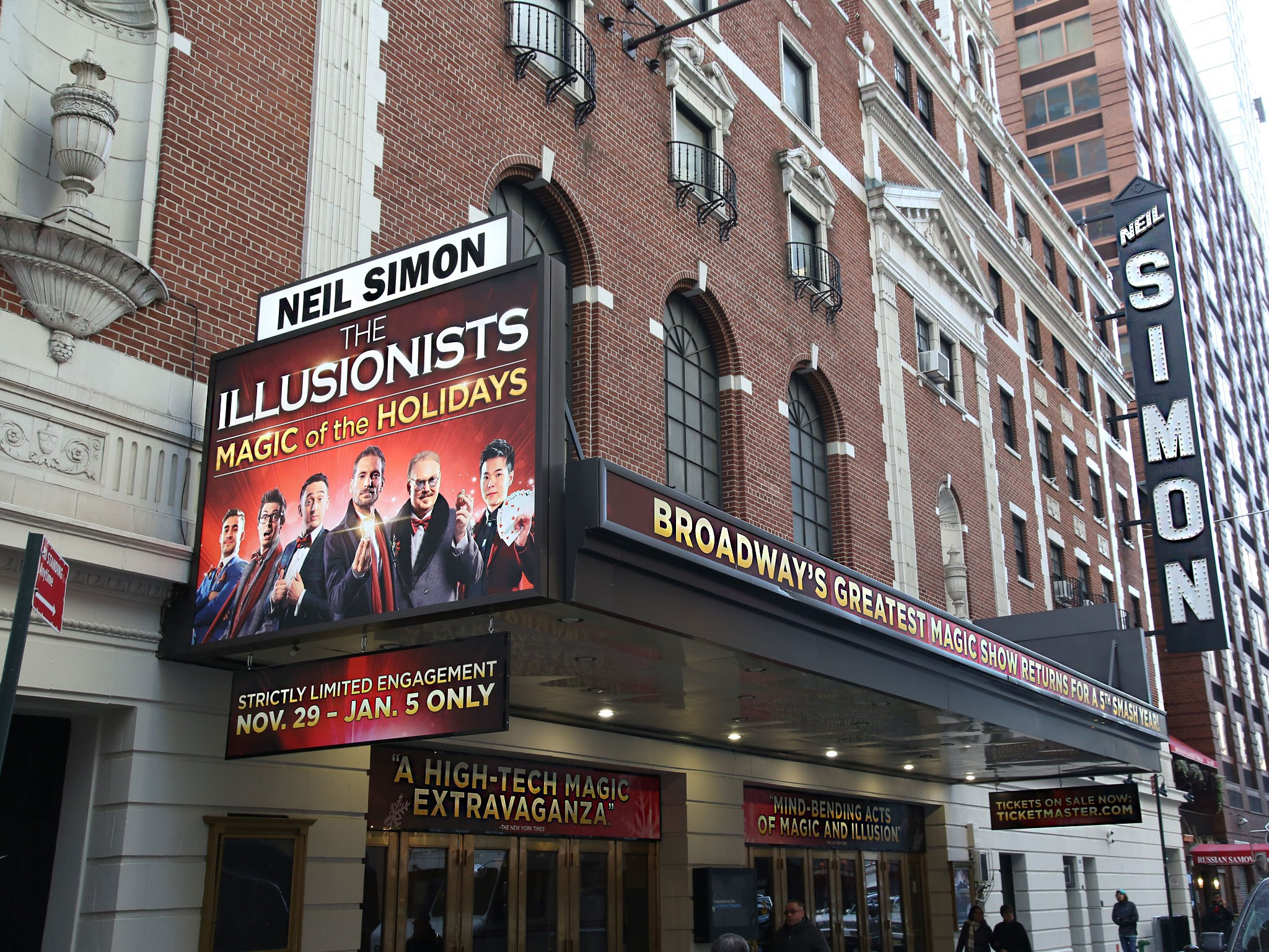 The Illusionists Neil Simon Theatre